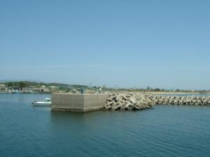 三重県の釣り場 河芸漁港堤防先端 FISH&MAPS