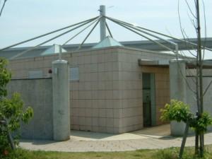 静岡県新居釣り公園東トイレ FISH&MAPS