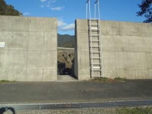 三重県紀伊長島赤岩放水路入り口