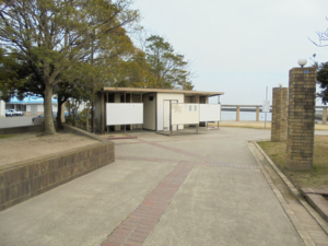三重県白子港トイレ FISH&MAPS