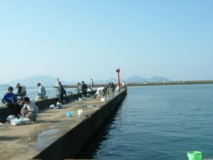 福井県小浜港赤灯台 FISH&MAPS