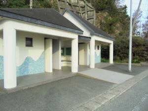 三重県波切漁港東トイレ