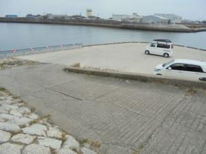 三重県白子港北堤駐車スペース FISH&MAPS